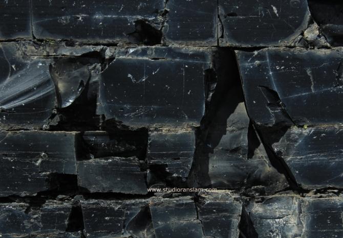 Cracked (3)