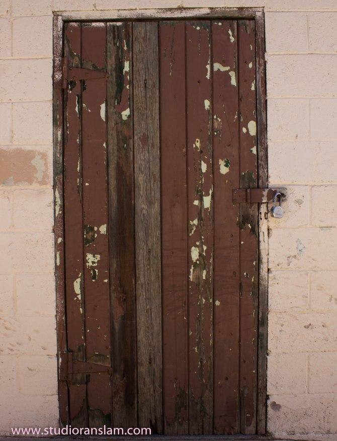 Peeling Door Tehachapi (1 of 1)